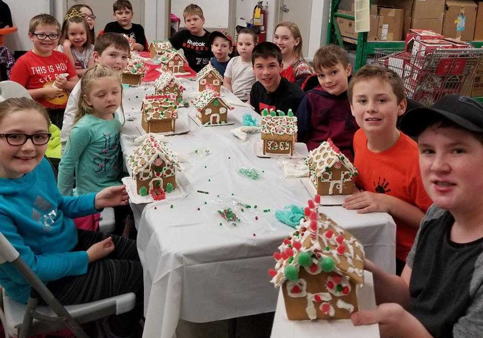 Gingerbread-House-Party-2018-002